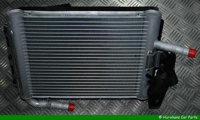 RADIATEUR / OVERLOOPRESERVOIR KOELVLOEISTOF 3.6L V8 DIESEL  PER STUK