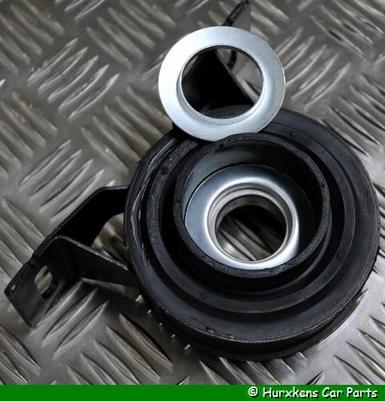 LAGER TUSSENAS / HANGLAGER ALLE 4 CILINDER MODELLEN EN V6 PER STUK