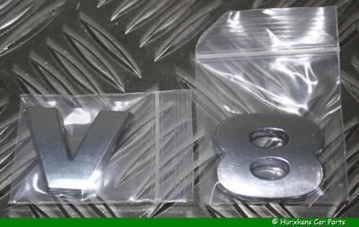 CHROME LETTERS V8 IN 3D PER SET