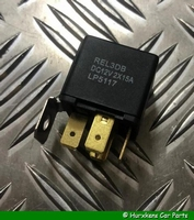 BRANDSTOFPOMP RELAIS V8 EFI EN 2.5 TDI